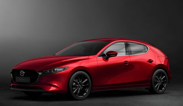 Mazda 3 хэтчбек
